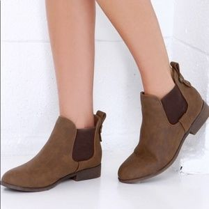MADDEN GIRL DRAFT COGNAC ANKLE BOOTS